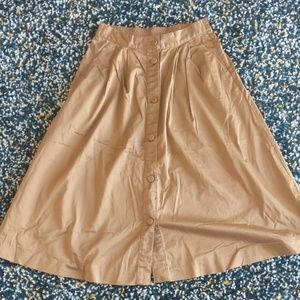 Khaki calf-length skirt